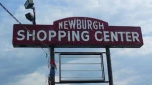 Mini mall shopping center in great location on 9W