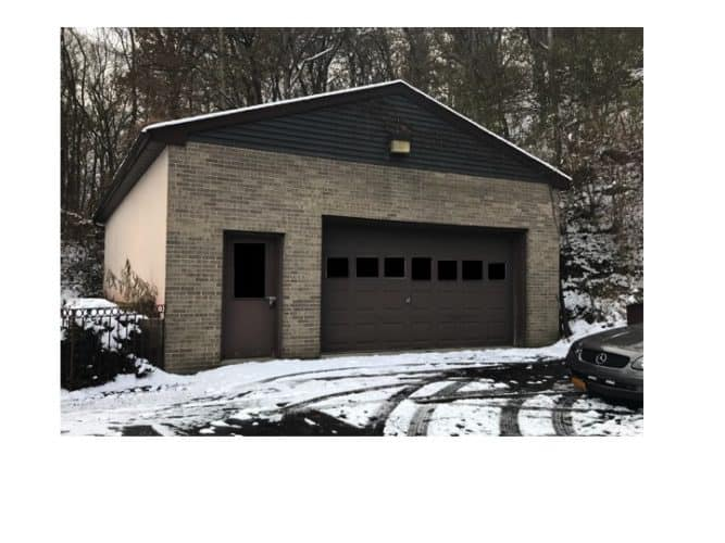 Garage at 5109 Route 9W Newburgh, N.Y. Medical office building complex