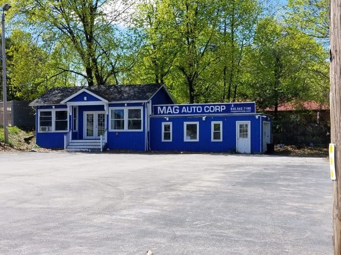Retail Building for Sale at 453 Robinson Ave in Newburgh, New York Main View